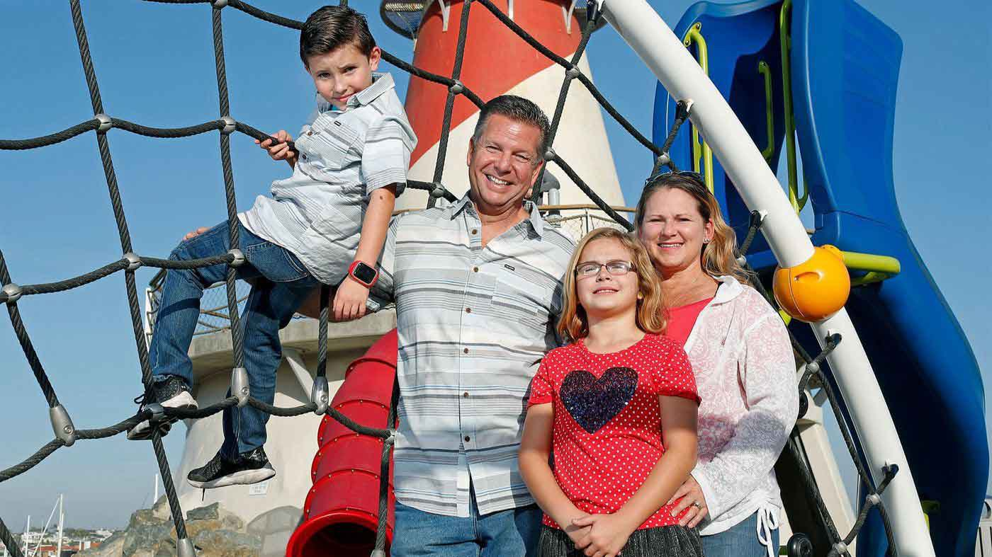 Image of Tieri Family in Newport Beach CA